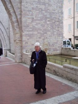 alice-at-assisi.jpg