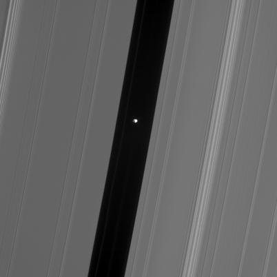 pan-in-encke.jpg