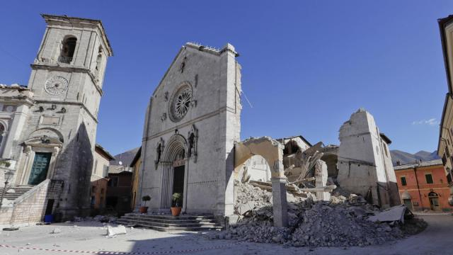 cathedral-st-benedict-norcia-earthquake